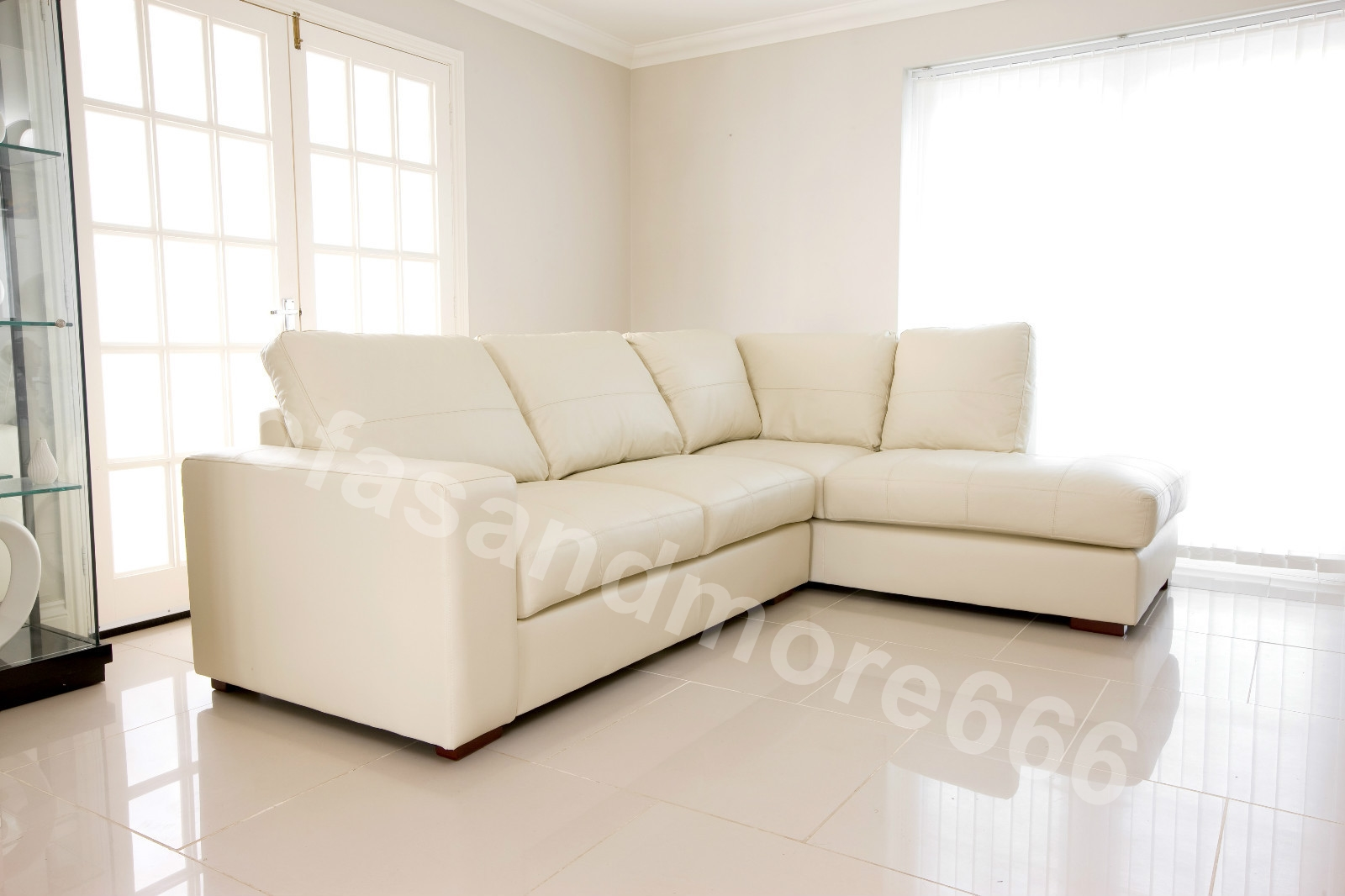 brand new westpoint big corner sofa suite in cream faux leather right hand side ebay. Black Bedroom Furniture Sets. Home Design Ideas